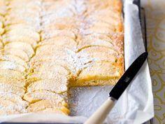 Desserts Sains, Köstliche Desserts, Healthy Desserts, Dutch Recipes, Sweet Recipes, Baking Recipes, Paleo Dessert, Sweets Cake, Bread Cake