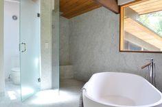 mid century modern deck house - midcentury - Bathroom - New York - d.schmunk interior design services