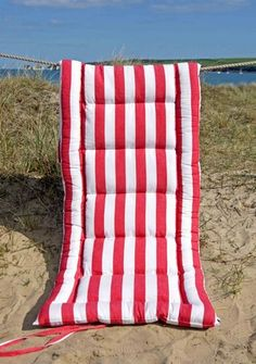 Beach Mattress Rouge Et Blanc