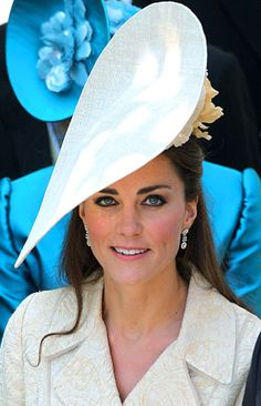 Just like Diana; Kate has a flair for fashion. Her stlye is epic and she too will become an iconic role model for young women.