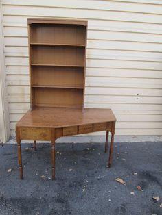 56062 ETHAN ALLEN Maple Corner Desk With Bookcase Top #Traditional #ETHANALLEN
