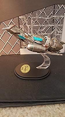 Amazon com: Qmx Mini Masters Firefly SERENITY display
