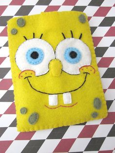 Spongebob Ds or Dsi Case Felt Crafts, Diy And Crafts, Paper Crafts, Felt Phone, Pixel Drawing, Felt Pouch, Craft Bags, Bunting Banner, Recycled Crafts