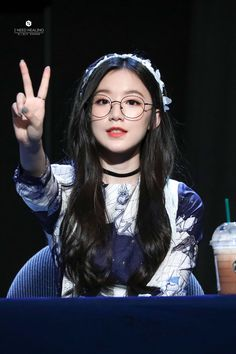 omg shuhua Kpop Girl Groups, Korean Girl Groups, Kpop Girls, Mamamoo, K Pop, Mini E, Divas, Soo Jin, Seolhyun