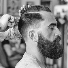 guys with beards Beard And Mustache Styles, Beard Styles For Men, Beard No Mustache, Hair And Beard Styles, Great Beards, Awesome Beards, Barber Haircuts, Haircuts For Men, Beard Cuts