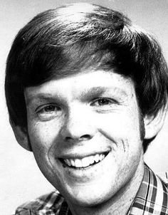 Jon Walmsley, who played Jason Walton on TVs The Waltons from 1971-81 is 59 now. He went on to a successful career as a musician working with a lot of artists from Gregg Allman, Michael McDonald and Brian Setzer.