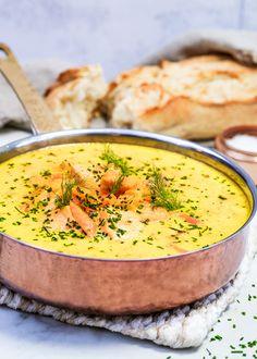 Vill du laga något riktigt gott, snabbt och lyxigt i ett? Det här är det perfekta receptet för just det. En ljuvlig fiskgryta med laxfilé och saffran. Servera gärna med ett gott bröd till. #laxgryta #lax #lättlagad #middag #helgmiddag #gryta #recept