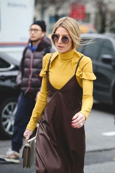 Are ruffled sleeves the new off-the-shoulder silhouette? #refinery29 http://www.refinery29.uk/2016/02/103173/ny-fashion-week-fall-winter-2016-street-style-pictures#slide-27