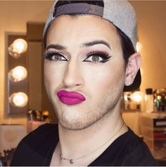 Mannymua! With his pretty ass!