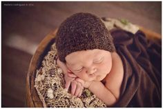 Bonnet newborn by naticolucci PH Florencia Melero Rodriguez