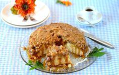 Caramel Apple Streusel Cake (Bolo de Maçã com Calda de Caramelo e Farofa Alemã): A culinary jewel to indulge all palates... - From Brazil To You