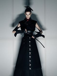 'Honor' Meghan Collison is photographed by Fabien Baron and styled by Karl Templer for Interview magazine Fashion Tape, Tribal Fashion, Dark Fashion, High Fashion, Queer Fashion, Womens Fashion, Geisha, Samurai, Fabien Baron