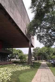 Gallery of AD Classics: Faculty of Architecture and Urbanism, University of São Paulo (FAU-USP) / João Vilanova Artigas and Carlos Cascaldi - 3