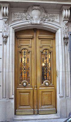 Elegant doors ~Paris