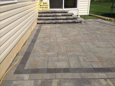 Nicolock Westchester Blend on Stone Ridge XL with Granite City Colonial Steps. Ryan's Landscaping Patio Pros of Hanover.