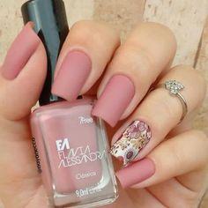 39 beauty nail spring floral to copy asap 004 Fancy Nails, Pretty Nails, Winter Nails, Spring Nails, Hair And Nails, My Nails, Simple Fall Nails, Floral Nail Art, Nagel Gel