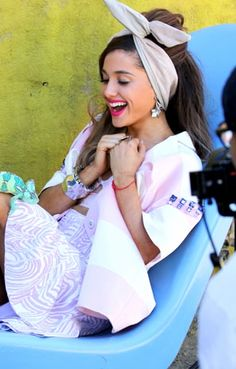 Ariana Grande    Love the look of joy on her face