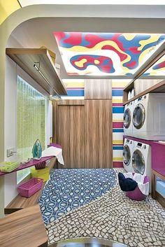 Área de serviço: quatro exemplos de lavanderias práticas e organizadas - Casa