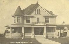 The Edmund DeMoulin Mansion, Greenville, Illinois.  Destroyed by lightning strike in the 1930's.