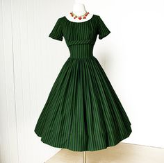 vintage 1950's dress ...fabulous MURRAY MILLMAN woven fabric shelf-bust full skirt pin-up party dress Whyyyy don't I have a 26 inch waist?