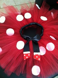 Life with an Army Wife: Minnie Mouse Tutu Tutorial