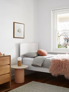 Modern Kids Bedroom Design Ideas On A Budget 48 Modern Kids Bedroom, Kids Bedroom Designs, Contemporary Bedroom, Contemporary Kitchens, Ligne Roset, All Family, Home And Family, Freestanding Fireplace, Decor Inspiration