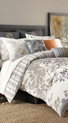 Isaak Duvet Collection