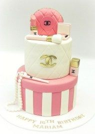 Pink, white & gold CHANEL cosmetics cake - For all your cake decorating… Chanel Torte, Coco Chanel Cake, Chanel Chanel, Bolo Channel, Channel Cake, Girly Cakes, Fancy Cakes, Cute Cakes, Chanel Birthday Cake