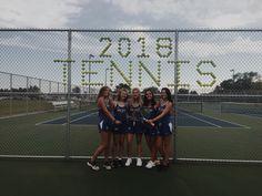 Tennis Senior Pictures, Senior Photos, Tennis Crafts, Tennis Party, Tennis Workout, Cute Friend Pictures, Tennis Match, Prom Photos, Cute Friends