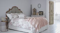 Channelling the timeless elegance of French country-house style, @sainsburyshome new Ville de Provence collection is the perfect way to refresh your bedroom. Create a sanctuary of calm with the vintage-inspired pieces – try rose-printed bedding and a shell-pink throw for instant warmth and colour, and complete the look with delicate trinket boxes and oval mirrors. #sponsored #sainsburyshome http://trib.al/jnhWQSQ