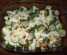 Dovlecei grecesti. sanatoase si rapide. Romanian Food, Potato Salad, Zucchini, Food And Drink, Potatoes, Vegetables, Ethnic Recipes, Vegans, Salads