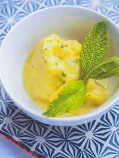 2-Minuten Ananas-Sorbet mit Rum und Minze. Ohne Eismaschine!   GourmetGuerilla.de