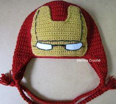 Touca inspirada no herói Homem de Ferro...