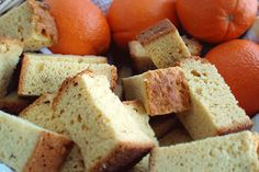 Orange juice rusks (lemoenbeskuit), another scrumptious sounding recipe! Rusk Recipe, Hard Bread, Dairy Free Margarine, Healthy Breakfast Snacks, Baking Basics, Freshly Squeezed Orange Juice, Custard Recipes, Fast Easy Meals, Orange Recipes