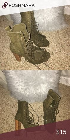 lace up heels Green place up heels. Only worn once no impurities. Size 8 go jane Shoes