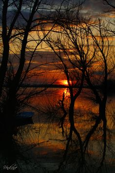 ☀Mystic river, autumn sunset at the lake | A mystic sunset on Mystic River - how appropriate |
