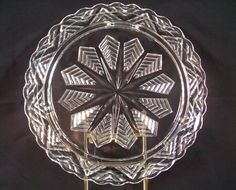 """VTG PRESSED HEAVY CLEAR GLASS FOOTED CAKE PLATE SNOWFLAKE 11 1/2"""" MID CENTURY"""