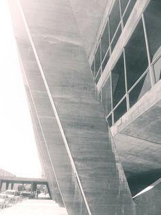 Museum of Modern Art in Rio De Janero (1954) / Arq. Affonso Eduardo Reidy