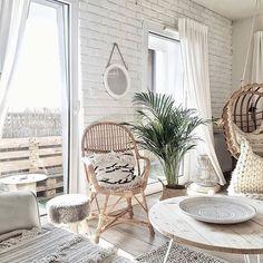 Urokliwy salon @oliv.home I oczywiście palma musi być! _ #homebook #homedecor #homedesign #scandinaviandesign #livingroom #livingroomdecor #spring #interiordesign #interiordesign #inspiration