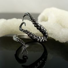 Wicked Tentacle Ring by OctopusMe