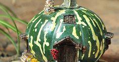 Green Gourd Fairy House Décor