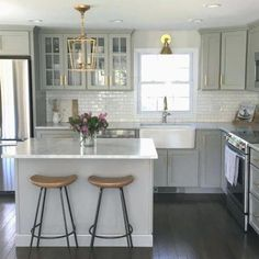 Small Kitchen Makeover NEW Authentic Visual Comfort Darlana Chandelier Mini Pendant 2175 Open Cage Updated Kitchen, New Kitchen, Kitchen Dining, Awesome Kitchen, Brass Kitchen, Gray And White Kitchen, Kitchen Interior, Kitchen With Dark Floors, Apartment Kitchen