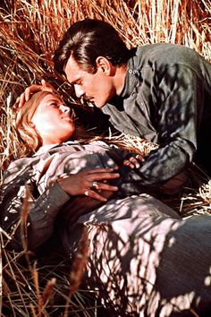 "Omar Sharif, Julie Christie in ""Doctor Zhivago"" Director: David Lean. Julie Christie, Old Movies, Great Movies, Dr Zivago, I Movie, Movie Stars, Movie List, David Lean, Alec Guinness"