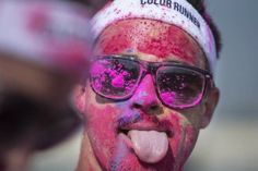 Thousands of people added a dash of #colour to their weekend when they took part in a #fun run around the #Yas_Marina_Circuit in #AbuDhabi on Saturday.  #ColourRun