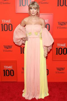 Taylor Swift attends the 2019 Time 100 Gala at Frederick P. Rose Hall, Jazz at Lincoln Center on April 2019 in New York City. Time 100, Taylor Swift Web, Taylor Hill, Taylor Alison Swift, Celebrity Dresses, Celebrity Style, Selena Gomez Red Carpet, Beyonce, Rihanna