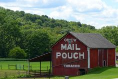 Red mail pouch barn  Holmes County, Ohio