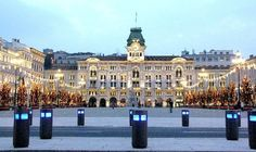 My mother's hometown. This is the center of Trieste. Piazza Unita inTrieste, Italy