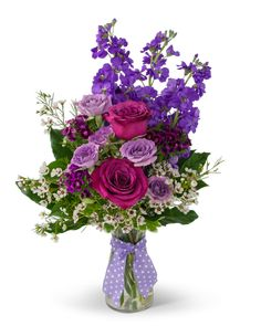 a231110b2695 Always a Queen Flower Arrangement Rose Delivery