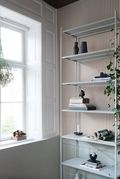 New AW-17 products, a beautiful old apartment in the middle of Copenhagen and an inspiring interior with bold choices of colors and patterns in the new Ferm Living showroom.