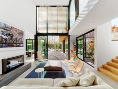 Clive Wilkinson Architects Builds a Breezy Abode in West Los Angeles - Interior Design